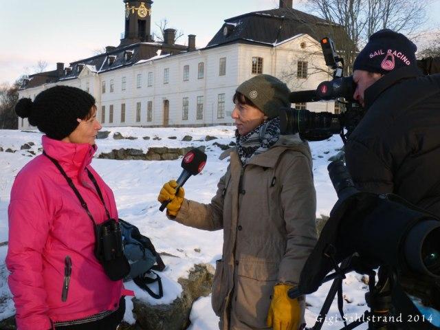 """Rapphönan Laila och """"elev"""" till mig blev också intervjuad av TV 4s reporter Åsa Stibner."""