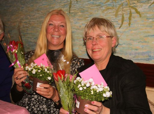 Jag och Eva uppvaktades för vårt engagemang i Rapphönan nationellt och Stockholm.