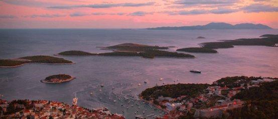 kroatien-hvar-panorama-solnedgang.jpg